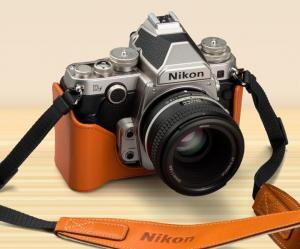 The retro looks of the Nikon Df