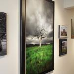 """By """"stacking"""" a Gallery Flat on an oversized Gallery Box, this piece is really dramatic."""